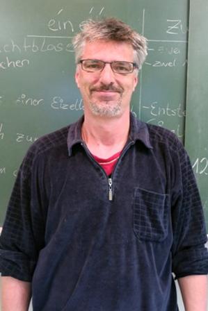 Herr Rost (Hausmeister)